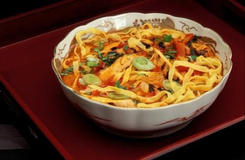 chiang mai noodle soup